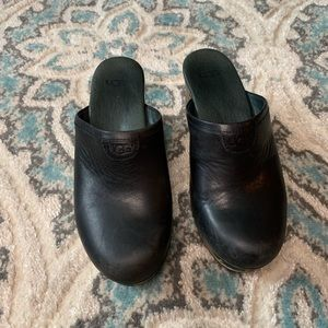 UGG Black Leather/Wooden heel clogs